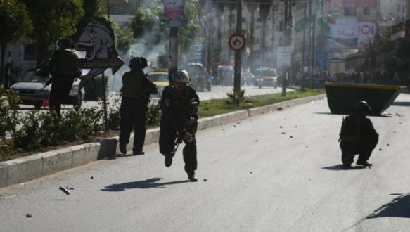 Filistinli göstericilere gazlı müdahale