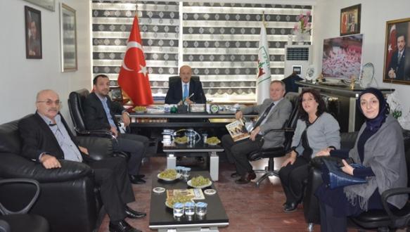 Turizm operatörleri İznik`e çıkarma yaptı