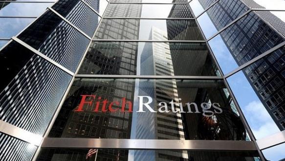 Fitch`ten Rusya`ya ruble uyarısı