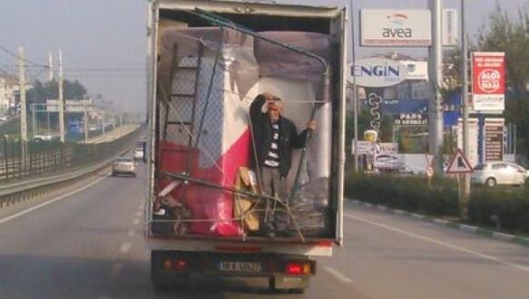 Bursa`da tehlikeli yolculuk