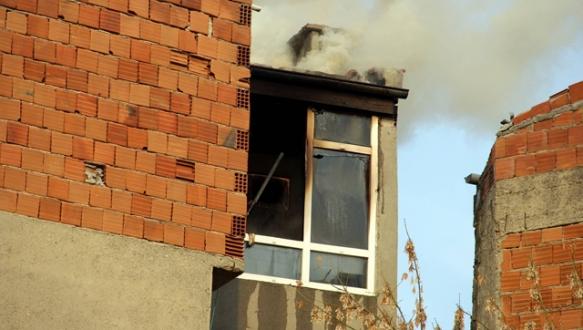 Suriyeli aileye yangın şoku