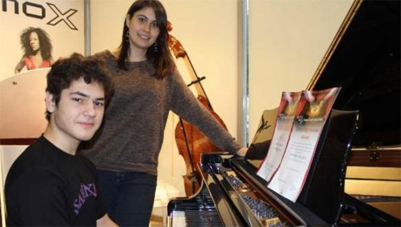 Suriyeli çocuk müzik dehası çıktı