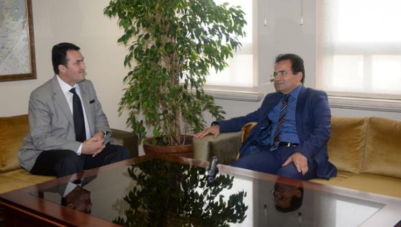 Başkan Dündar'a KKTC'den ziyaret