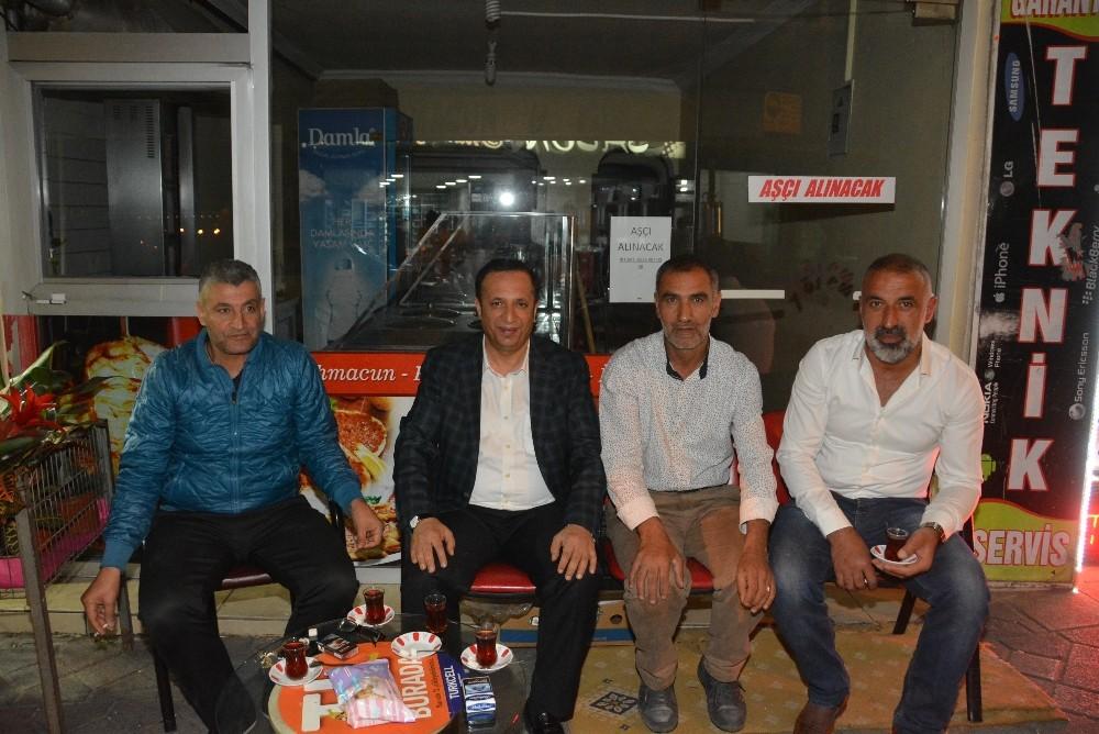 Başkan Toltar teravihte vatandaşlarla bir araya geliyor
