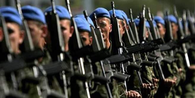 Cumhurbaşkanı'na askerlikten muaf tutma yetkisi veren madde değiştirildi