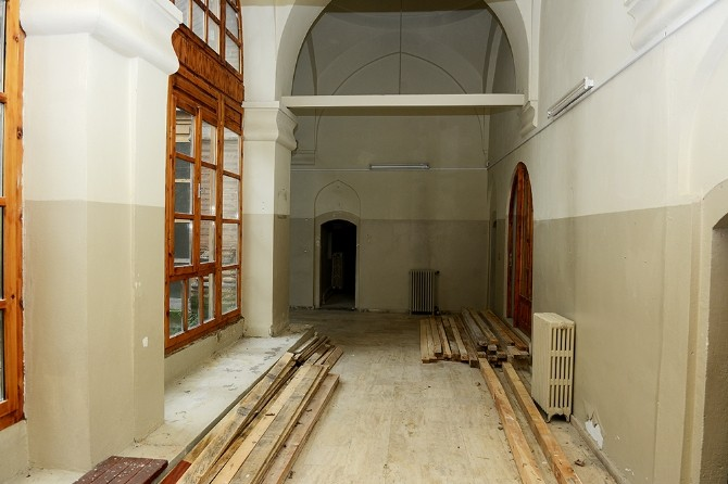 Muradiye Külliyesi'nde son rötuşlar