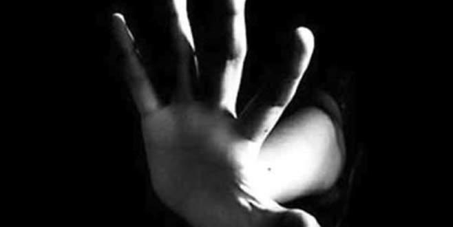 Otobüste muavinin kız çocuğunu taciz ettiği iddia edildi