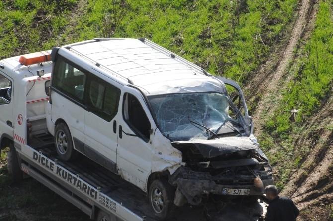 Cizre'de trafik kazası: 2 ölü, 2 yaralı