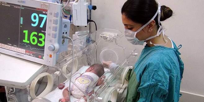 3 saatlik bebeğe 4 saatlik ameliyat
