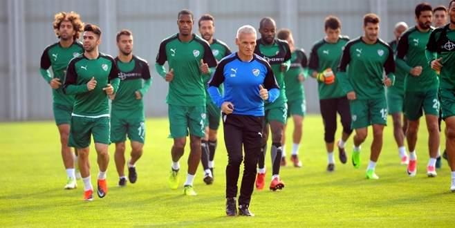 Bursaspor'da Göztepe maçı hazırlıkları sürüyor