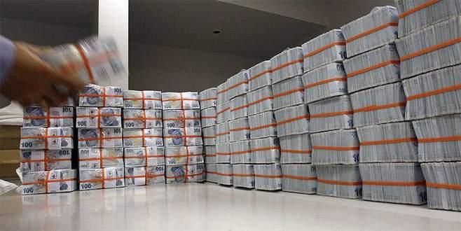 Kasım ayında bütçe 8,5 milyar lira fazla verdi
