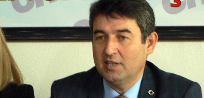 Milletvekilliği için başkanlıktan ayrıldı