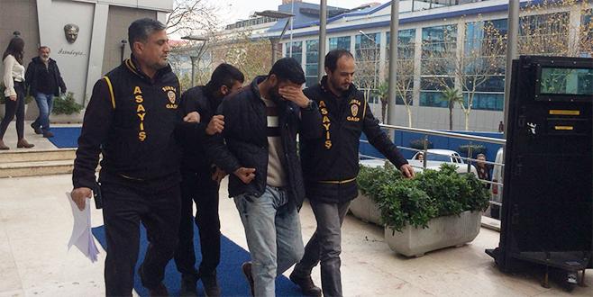 Taksiciyi gasp eden suç makineleri adliyeye sevk edildi