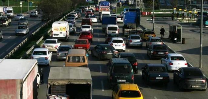İzmir Yolu'ndaki çalışma trafik işkencesine dönüştü