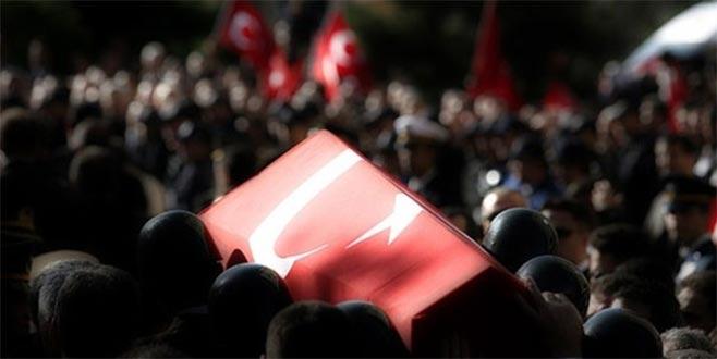 Çukurca'da üs bölgesine roketatarlı saldırı: 1 şehit