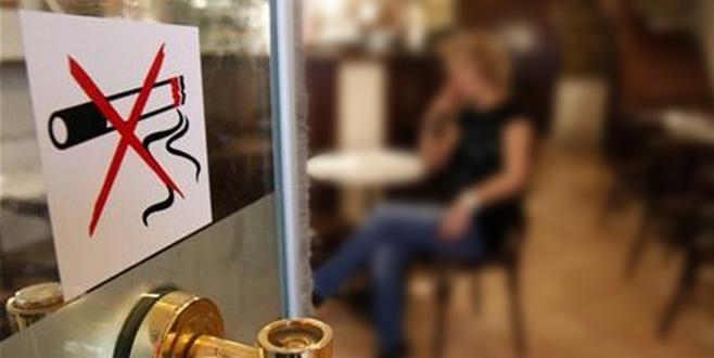 Avusturya'da sigara yasağından vazgeçildi
