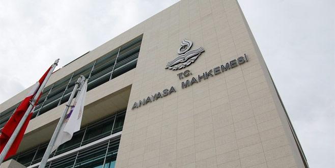 AYM'den diyanet çalışanlarına siyaset kararı