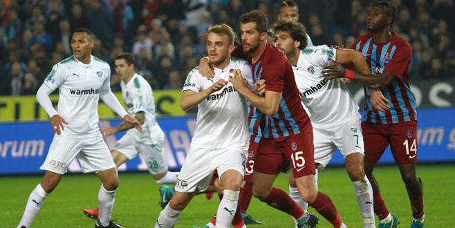 Trabzonspor-Bursaspor maçına altyapı damgası