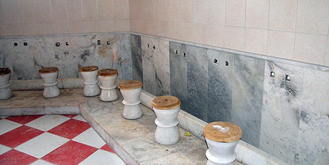 Camideki muslukları çaldılar