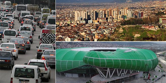 Doğanbey'de hançerli protesto, trafikte büyük sürpriz, timsahın kafasında benzinlik...  2018'de neler olacak?