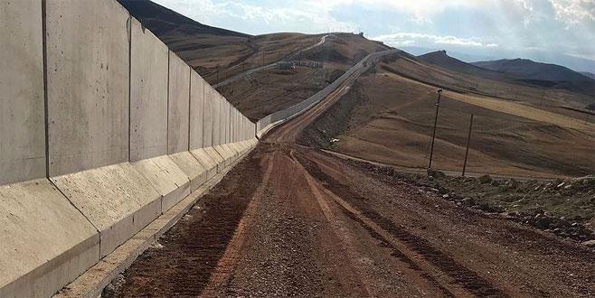 144 kilometrelik duvarın yarısı tamamlandı