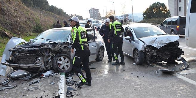 Bursa'da trafik kazası: 5 yaralı