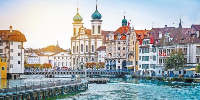Uğur Kökden'den notlar: İsviçre Kahvehaneleri