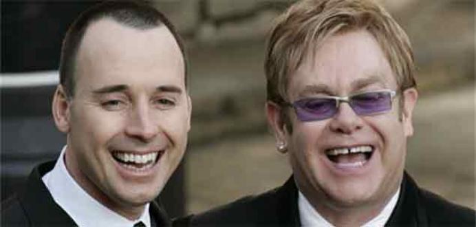 Elton John erkek sevgilisi ile evleniyor