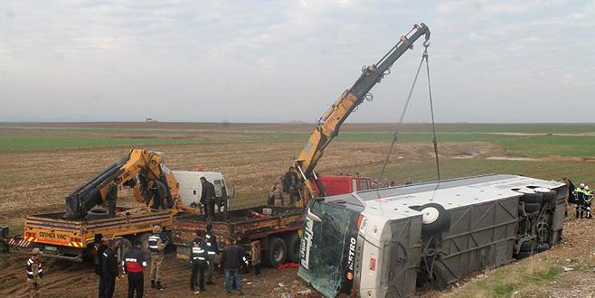 Türkiye'den Irak'a yolcu taşıyan otobüs devrildi: 9 ölü, 28 yaralı