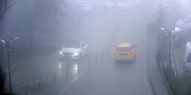 Bursa'da sis hayatı olumsuz etkiledi
