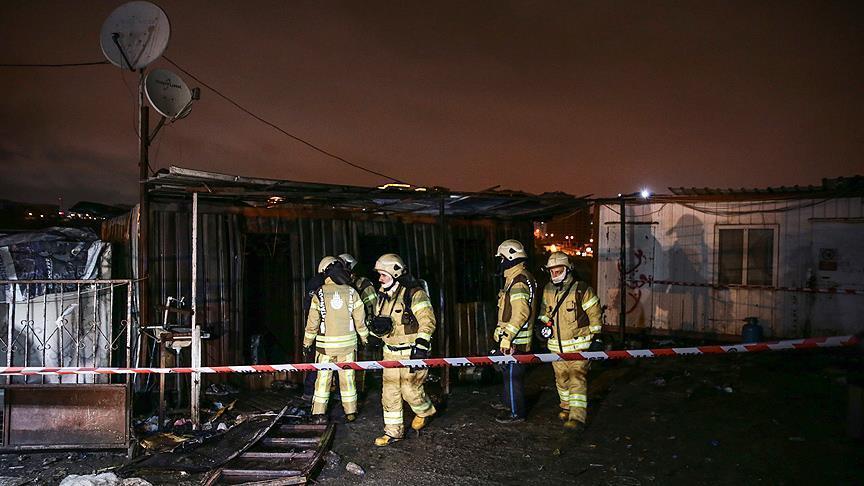 Konteynerde yangın: 3 kişi hayatını kaybetti