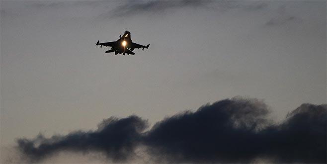 Savaş uçaklarımız emniyetle üslerine döndü