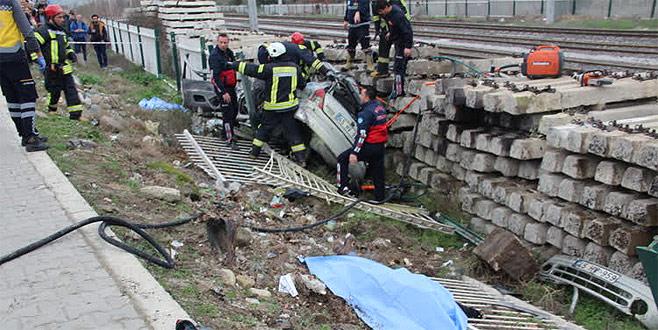 Katliam gibi kaza: 4 ölü, 2 yaralı