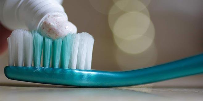 'Diş macunu sıtmayı tedavi edebilir'