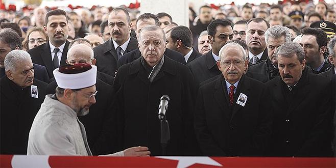 Erdoğan: 'Üç beş soysuza bu sınırlarda soluk aldırmayacağız'