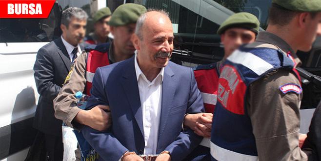 FETÖ'den tutuklu eski emniyet müdürüne mahkeme başkanından sert uyarı