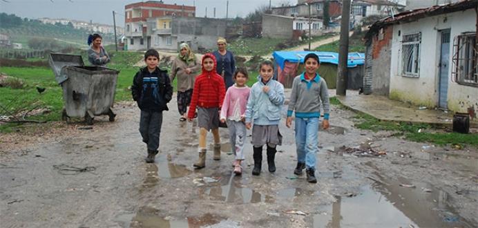 Öğrencilerin çamur çilesi