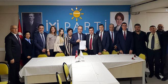 Doğruoğlu İYİ Parti'de