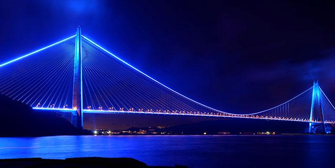 Yavuz Sultan Selim Köprüsü, 4 Şubat'ta mavi ve turuncu ışıklarla aydınlanacak