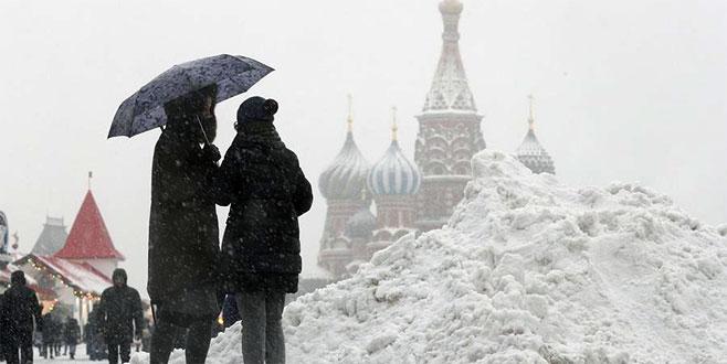 Moskova böyle kar görmedi!