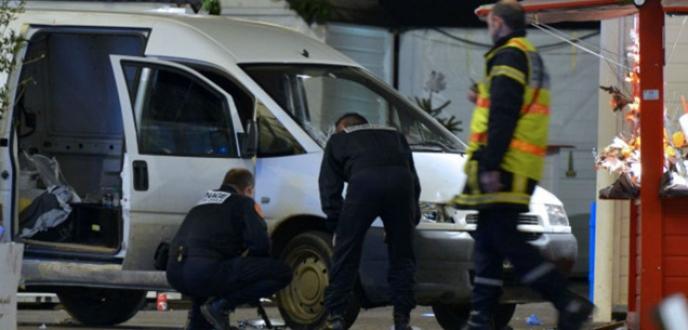 Minibüsle saldırı: 10 yaralı
