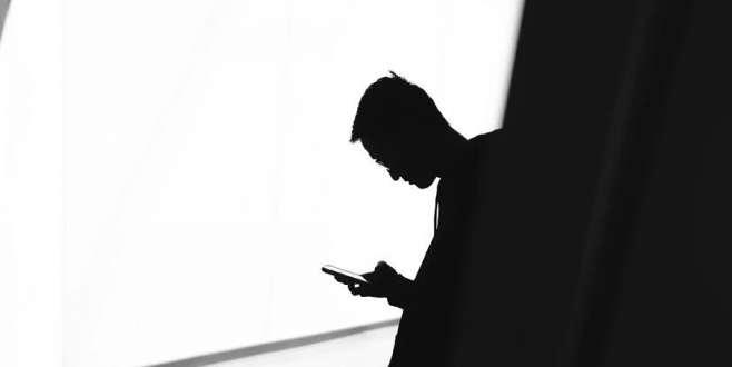 Cep telefonu radyasyonunun etkileri üzerine yapılan dev çalışma kafaları karıştırdı