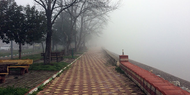 İznik'i sis bastı