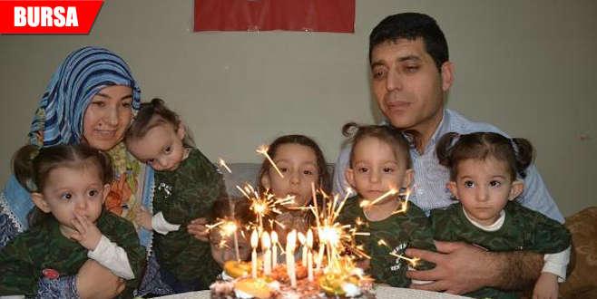 Beşizlere 2'nci yaş gününde asker kıyafetli kutlama