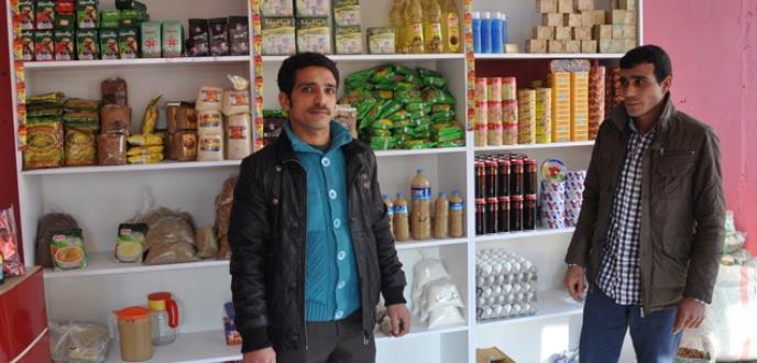 Savaştan kaçtı Bursa'da market açtı