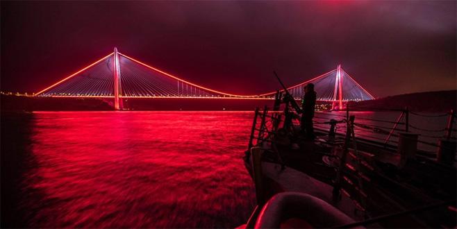 ABD donanmasından İstanbul Boğazı paylaşımı