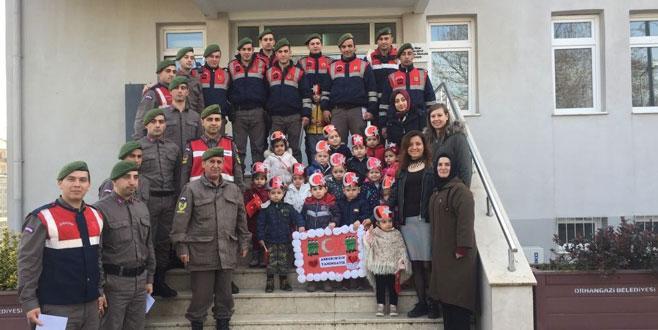 Afrin'deki Mehmetçiğe Bursa'dan moral kargosu