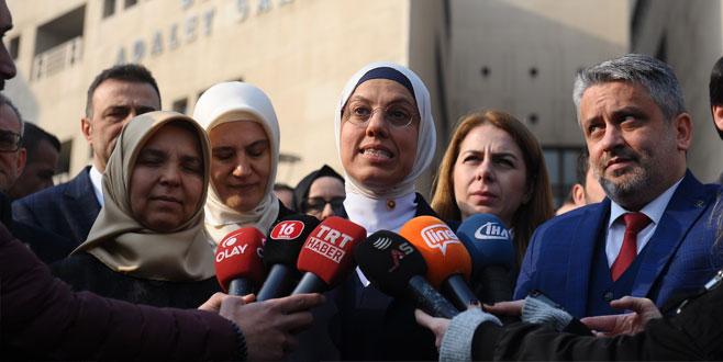 Ravza Kavakçı Kan, Bursa'da FETÖ davasını takip etti