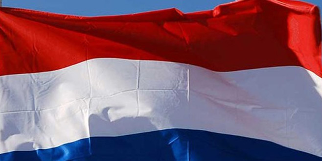 Hollanda'dan skandal karar!