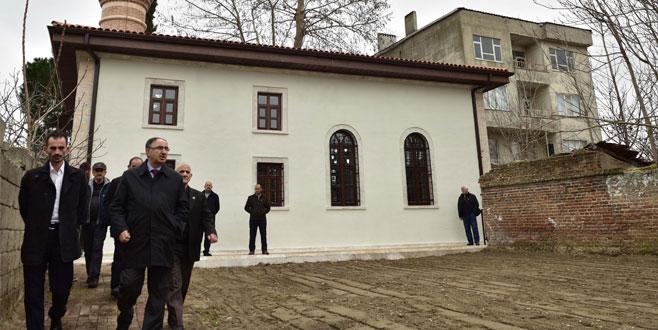 Yenilenen tarihî cami ibadete açıldı